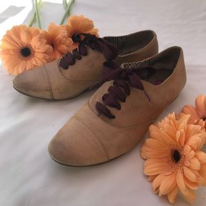 Size 6.5 BP Tan Leather Lace-up Oxford Flats